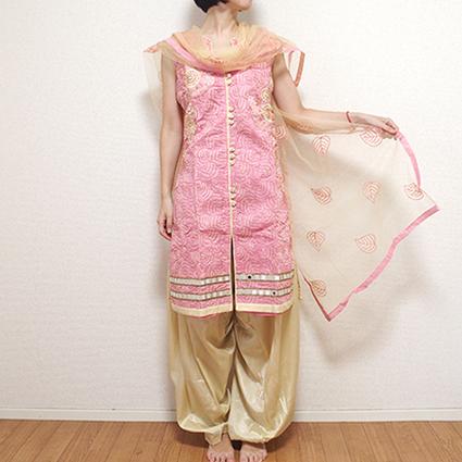 インドとパキスタンの民族衣装の違い